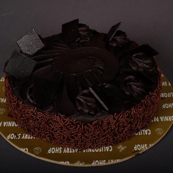 Chocolate Fudge Cake (1kg)